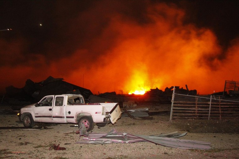 A fire burns at a fertilizer plant in West, Texas after an explosion Wednesday April 17, 2013. (Michael Ainsworth/Dallas Morning News/MCT) ORG XMIT: 1137685