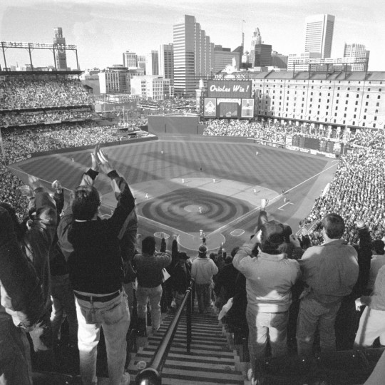 1992: Orioles Opening Day at Camden Yards. (Kenneth K. Lam/Baltimore Sun)