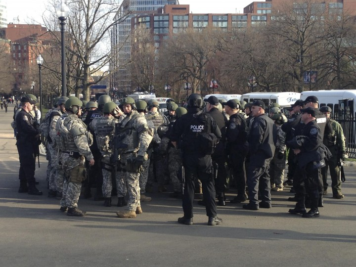 Police SWAT officers assemble at Boston Common located about a mile from the Boston Marathon finish line where explosions occurred in Boston, Massachusetts, April 15, 2013. (Eric Twardzik/Reuters photo)