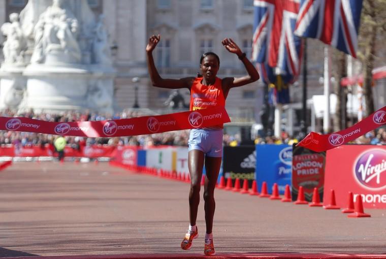 Priscah Jeptoo of Kenya wins the women's Elite London Marathon (REUTERS/Andrew Winning)