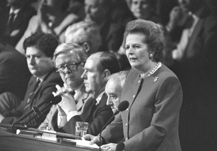 Margaret Thatcher gives the final address of the Conservative Convention in Brighton in this October 14, 1988 file photo. (Andy Clark/Reuters Files)