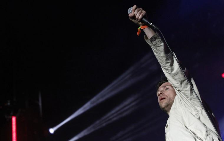 Damon Albarn of British band Blur performs during the Coachella Music Festival in Indio, California April 12, 2013. (Mario Anzuoni/Reuters)