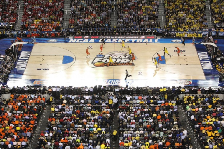 Overall view of Syracuse Orange and Michigan Wolverines in the second half of the semifinals during the 2013 NCAA mens Final Four at the Georgia Dome. (Daniel Shirey/USA TODAY Sports)