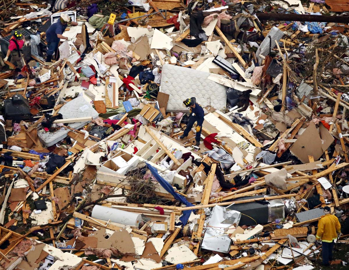 Texas tornadoes leave a path of destruction near Dallas/Fort Worth