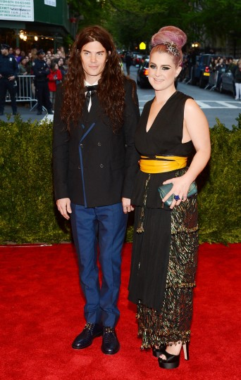 "Matthew Mosshart and Kelly Osbourne attend the Costume Institute Gala for the ""PUNK: Chaos to Couture"" exhibition at the Metropolitan Museum of Art on May 6, 2013 in New York City. (Larry Busacca/Getty Images)"