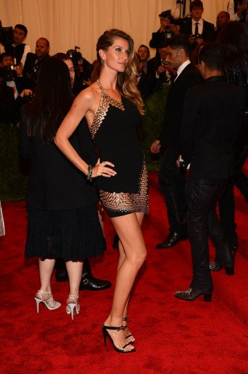 "Gisele Bundchen attends the Costume Institute Gala for the ""PUNK: Chaos to Couture"" exhibition at the Metropolitan Museum of Art on May 6, 2013 in New York City. (Larry Busacca/Getty Images)"