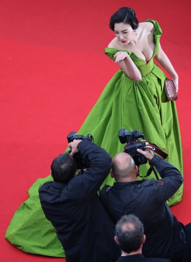 """Chinese actress Zhang Yuqi poses as she arrives for the screening of the film """"The Great Gatsby"""" ahead of the opening of the 66th edition of the Cannes Film Festival in Cannes. (Loic Venance/Getty Images)"""