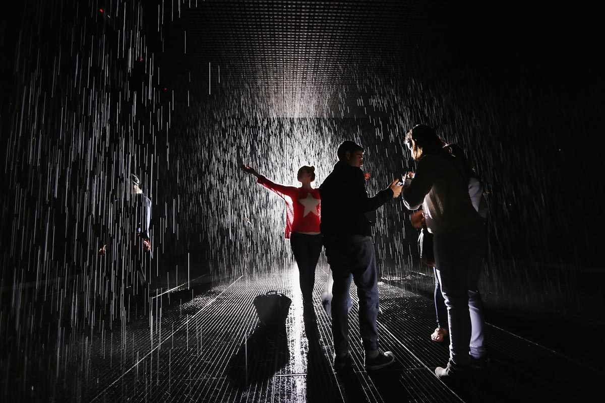 Stunning Photos From Rain Room At The MoMA