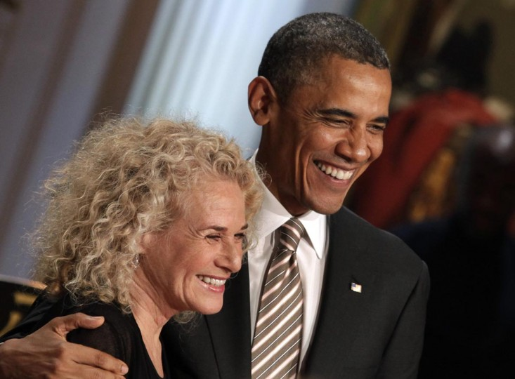 U.S. President Barack Obama awards singer-songwriter Carole King the 2013 Library of Congress Gershwin Prize for Popular Song during a concert at the White House on May 22, 2013 in Washington, DC. The Gershwin Prize for Popular Song recognizes artists for lifetime achievements in musical expression. (Yuri Gripas-Pool/Getty Images)