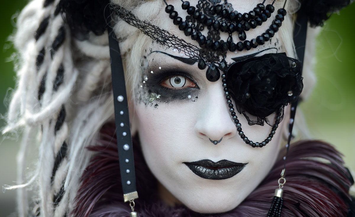 40 photos from the Wave and Goth Festival in Leipzig, Germany