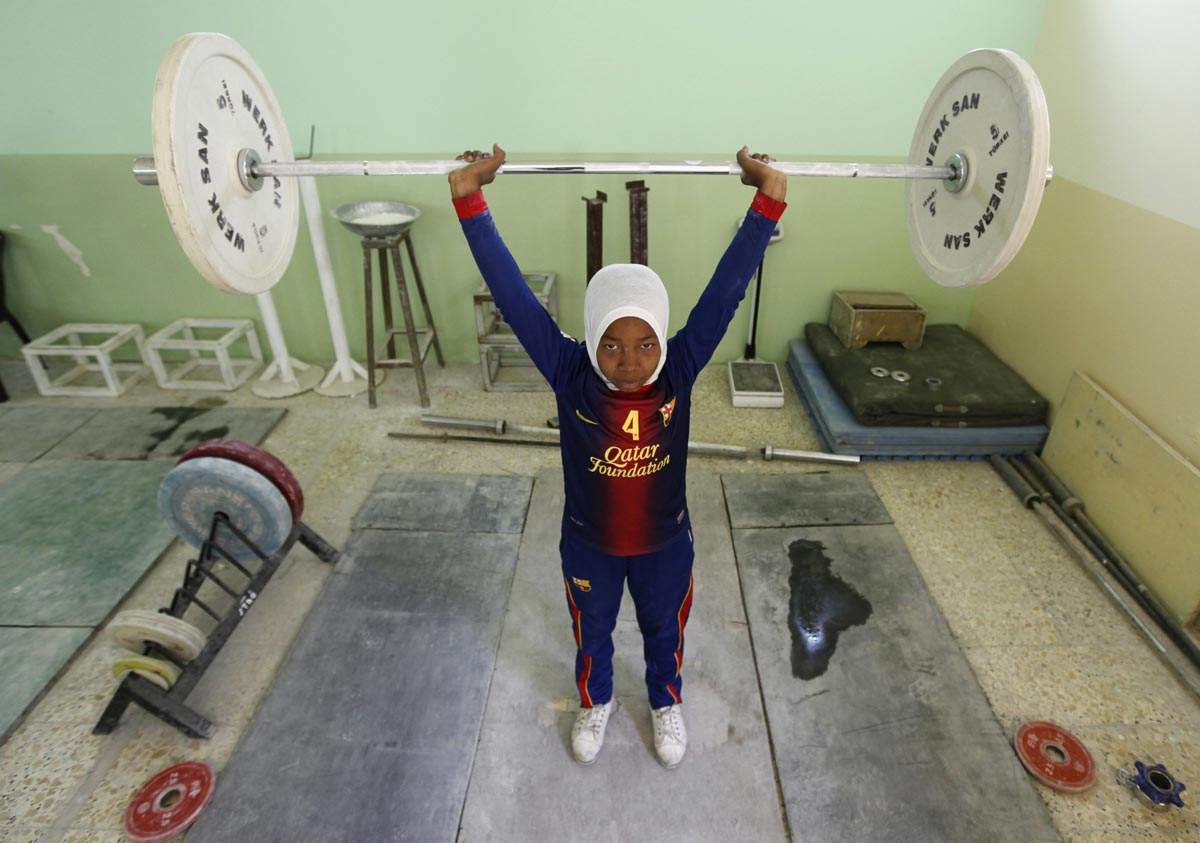 Iraqi women weightlifters set sights on medals at the Asian Championship