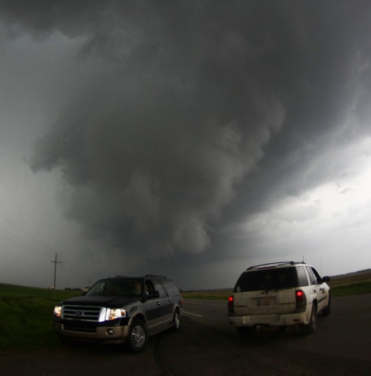 Storm chasers get close to a tornadic thunderstorm, one of several tornadoes that touched down, in South Haven, Kansas. (Gene Blevins/Reuters)
