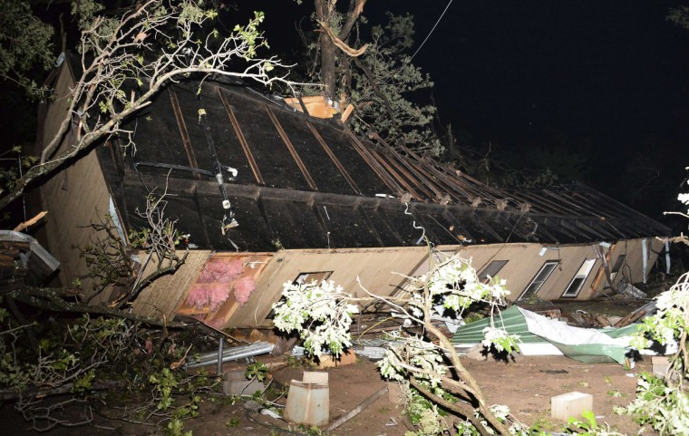 A damaged mobile home is pictured amid the debris after a tornado swept through Shawnee, in Oklahoma. (Gene Blevins/Reuters)