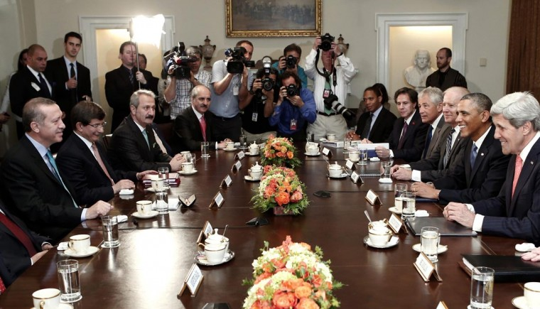 U.S. President Barack Obama (2nd R) meets Turkey's Prime Minister Recep Tayyip Erdogan (L) as they sit with their delegations in them Cabinet Room of the White House in Washington May 16, 2013. (Kevin Lamarque/Reuters)