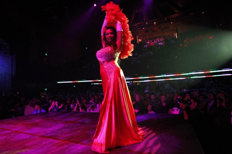 Burlesque dancer Bonita La Belle performs during the Lucha VaVOOM show as part of a Cinco de Mayo celebration at the Mayan Theatre in Los Angeles, California May 5, 2013. (Mario Anzuoni/Reuters)