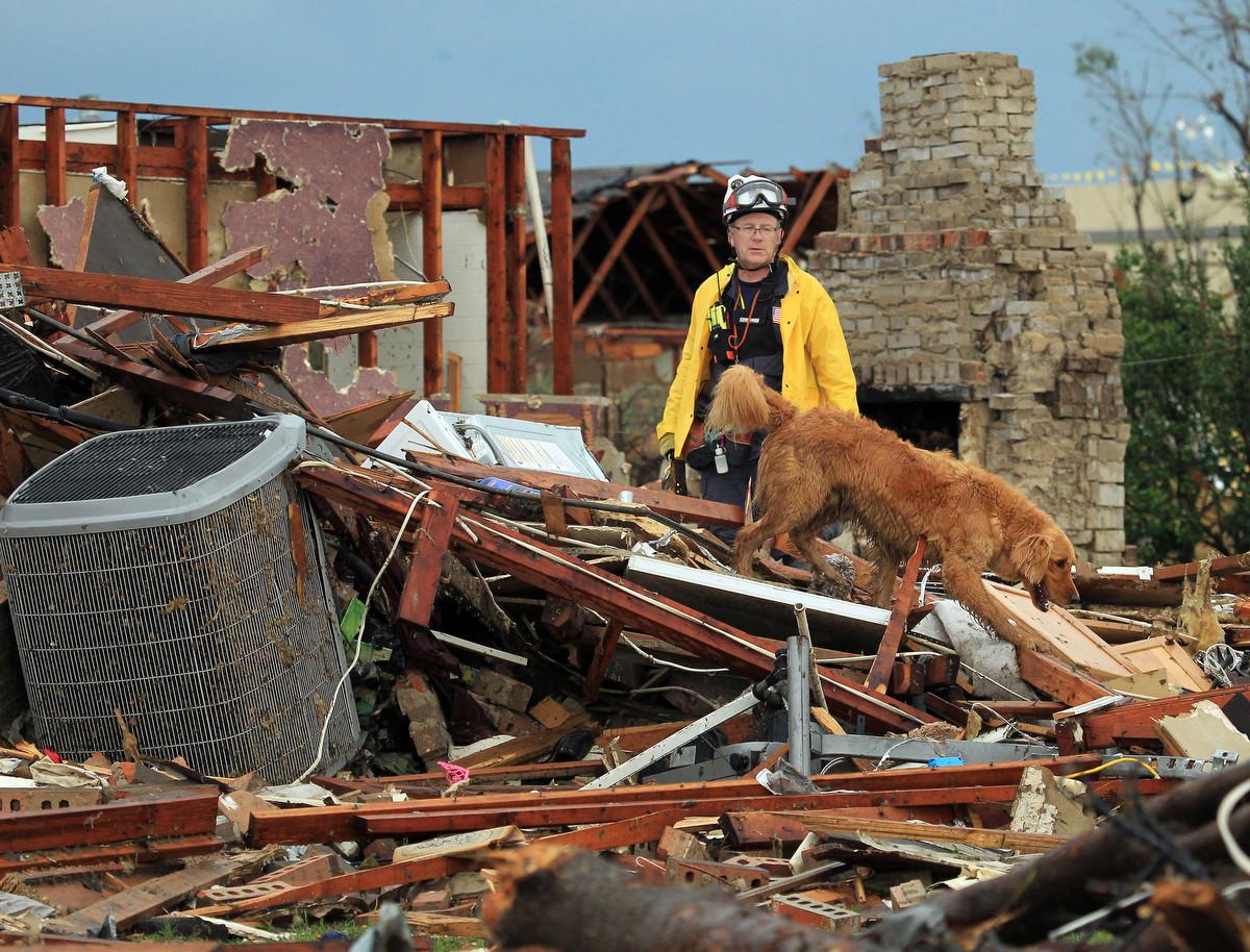 Oklahoma tornado kills at least 24, search for survivors ...