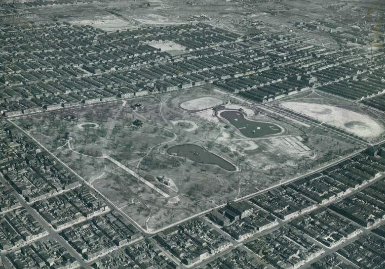 Patterson Park is seen from above in 1939. (Robert F. Kniesche / The Baltimore Sun)