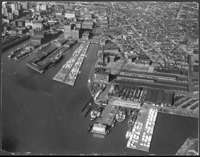 The Baltimore waterfront -- now the Inner Harbor -- is photographed from a plane in 1939. (Robert F. Kniesche/ The Baltimore Sun)