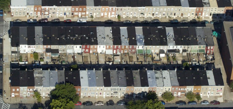 Hundreds of rowhomes are seen in an aerial view of East Baltimore in 2006. (David Hobby / The Baltimore Sun)