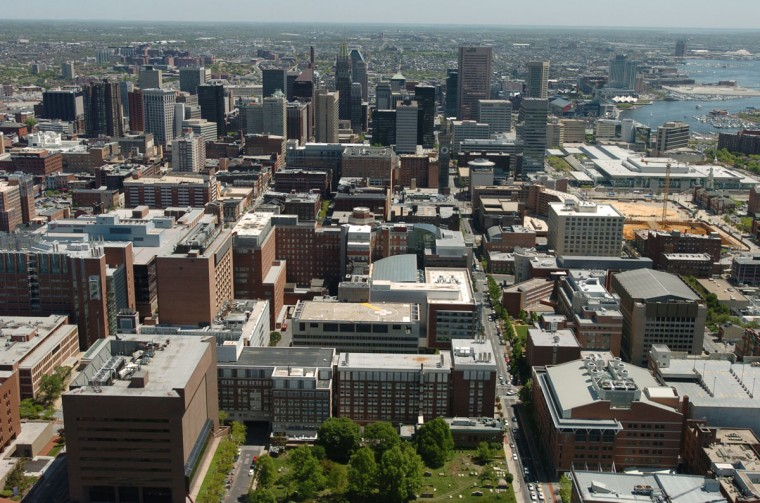 University of Maryland Medical sits in the foreground of this west to east aerial view of downtown Baltimore in 2006. (Kim Hairston / The Baltimore Sun)