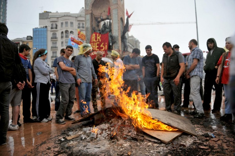 Protestors light a fire on June 2, 2013, after the clashes in Taksim square. (Ozan Kose/AFP/Getty Images)