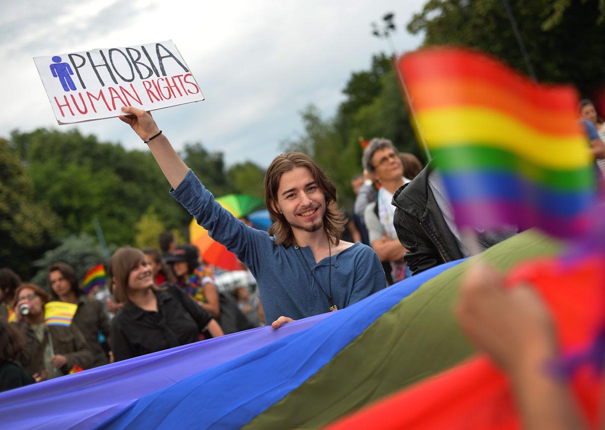 Homosexuali romania