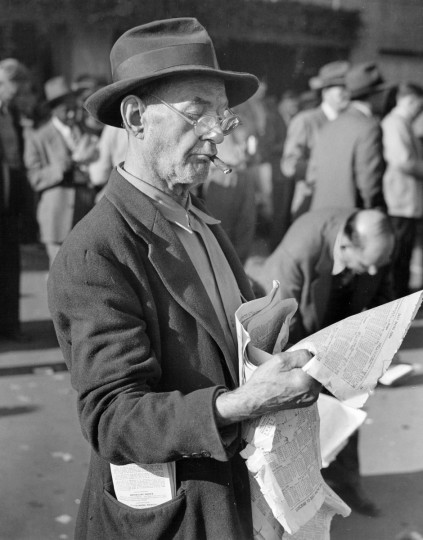 First Prize Winner - Cigar Institute of America National Photo Contest for Working Newspaper Photographers held in Atlanta, Georgia, 1948. (Hans Marx/Baltimore Sun)