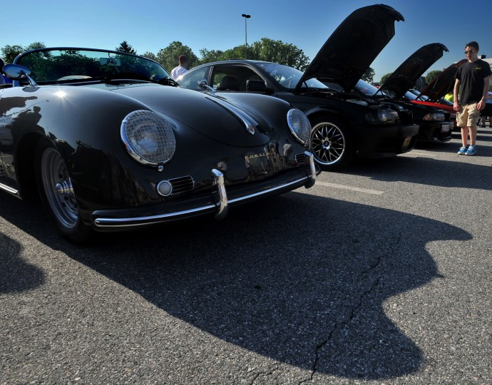 "A Porsche ""Speedster"" casts it's unique shadow. (Gene Sweeney Jr./Baltimore Sun)"