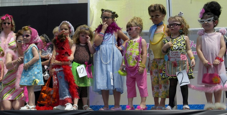 "Children age from 3 to 7 wait to find out who won the ""LIL' HON CONTEST"". (Chiaki Kawajiri/Baltimore Sun)"