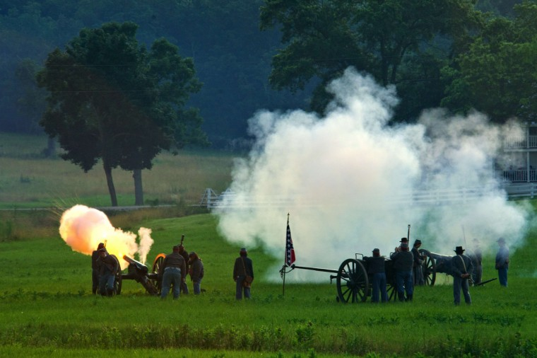 Confederate artillerymen fire at Union positions during a re-enactment of the Battle of Gettysburg on June 29, 2013, at the start of the 150th Gettysburg celebration in Gettysburg, Pennsylvania. (Karen Bleier/Getty Images)