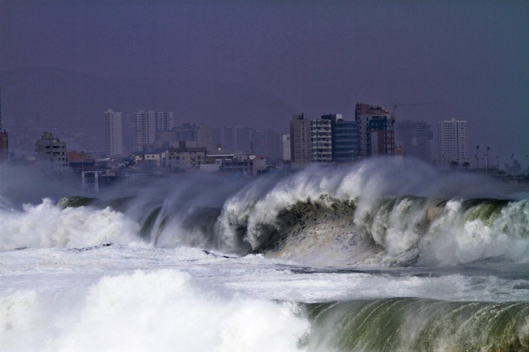 View of the heavy sea in Antofagasta, Chile. Waves of up to seven meters of height were registered in the Chilean coast Thursday. (Jorge Jara/Getty Images)