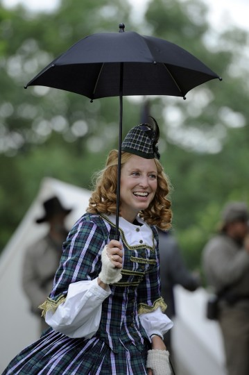 Lisa Donnelly of Kissimmee FL, whose ancestor fought with the 4th Ohio regiment in the Civil War, dressed in his honor with her Scottish tartan costume at the 150th anniversary of the Battle of Gettysburg. (Barbara Haddock Taylor/Baltimore Sun)