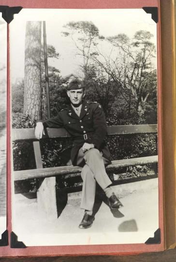 Capt. William Donald Schaefer served as a hospital administrator during World War II. (Lloyd Fox/Baltimore Sun)