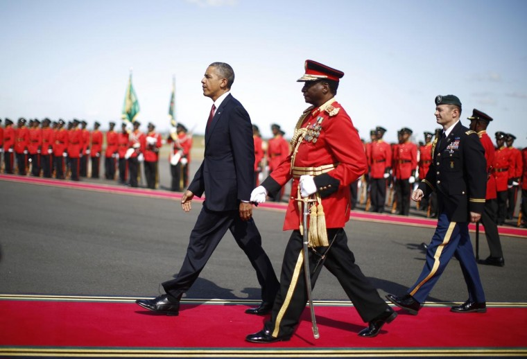 U.S. President Barack Obama participates in an official arrival ceremony at Julius Nyerere Airport in Dar es Salaam, Tanzania, July 1, 2013. (Jason Reed/Reuters)