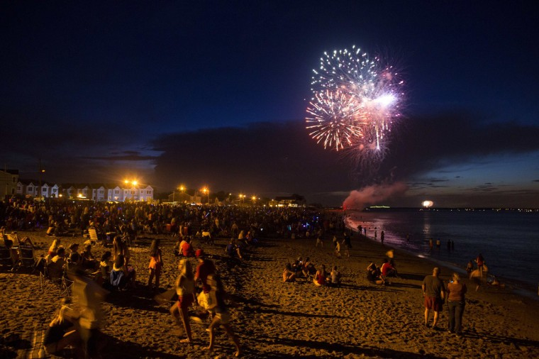 Fireworks for Independence Day are seen in Union Beach, New Jersey July 3, 2013. The area was hit hard by Hurricane Sandy, but recovery continues along the coastline of New Jersey, including a party and fireworks for nearby residents one day ahead of the holiday. (Eric Thayer/Reuters)