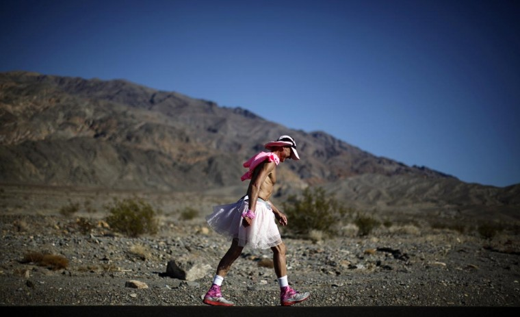 Keith Straw, 58, competes during the Badwater Ultramarathon in Death Valley National Park, California July 15, 2013. The 135-mile race, which bills itself as the world's toughest foot race, goes from Death Valley to Mt. Whitney, California in temperatures which can reach 130 degrees Fahrenheit. (Lucy Nicholson/Reuters)