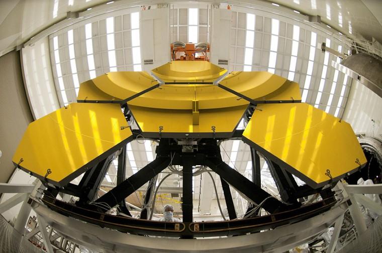 Webb's mirrors undergo cryo testing at NASA Marshall. (Courtesy of Ball Aerospace)
