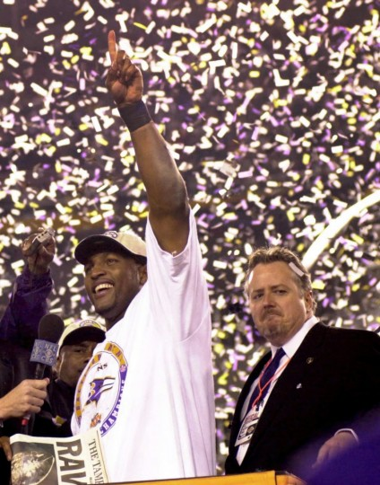 Ravens linebacker Ray Lewis waves after the team defeated the New York Giants, 34-7, on Jan. 28, 2001 in Tampa, Fla., to win Super Bowl XXXV. (Gene Sweeney, Jr./Baltimore Sun)