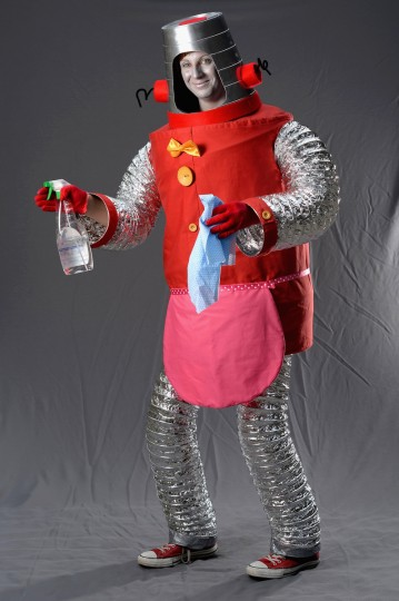 Catriona Taylor performing as 'Robbie the Robot' poses stating if she was not at the Edinburgh Fringe Festival she would be being a dental student on August 6, 2013 in Edinburgh, Scotland. (Jeff J Mitchell/Getty Images)