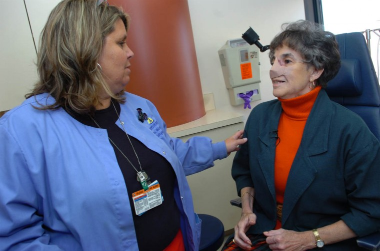 LouEllen Michel, RN, from Dr. Patrick Byrne's office at Greenspring Station, speaks with Linda Hershey during an office visit. (Algerina Perna/Baltimore Sun/Oct. 22, 2008)