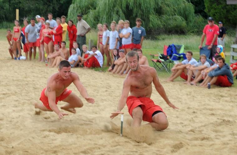 Ben Schaffle won the men's Australian Sprint Elimination competition (beach flags). Josh Blake with Gunpowder Falls State Park came in third. (Algerina Perna/Baltimore Sun)