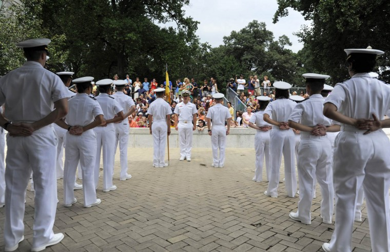 Plebes line up in noon formation before being released for the summer. (Erin Kirkland/Baltimore Sun )