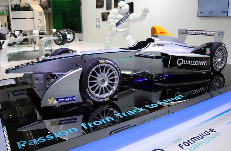 A Renault Spark SRT-01E FIA Formula E race car is presented during the media day of the IAA (Internationale Automobil Ausstellung) international motor show. (Daniel Roland/Getty images)