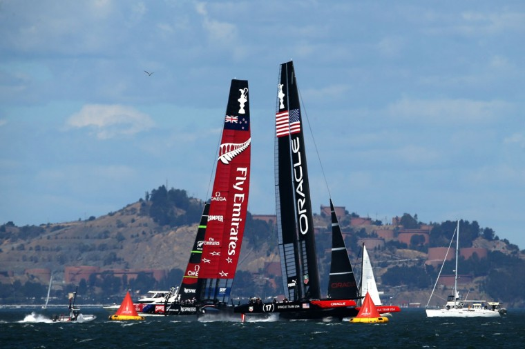 Emirates Team New Zealand and Oracle Team USA compete during the final race of the America's Cup. (Photo by Justin Sullivan/Getty Images)