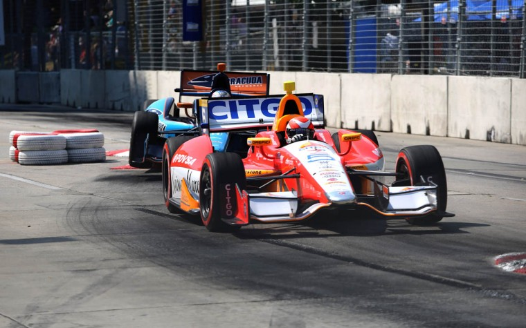 E.J. Viso of Team Venezuela/Andretti Autosport/HVM turns at the chicane at the Grand Prix of Baltimore. (Kaitlin Newman/Baltimore Sun)