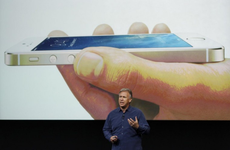 Phil Schiller, senior vice president of worldwide marketing for Apple Inc, talks about the new iPhone 5S at Apple Inc's media event in Cupertino, California September 10, 2013. (Stephen Lam/Reuters)