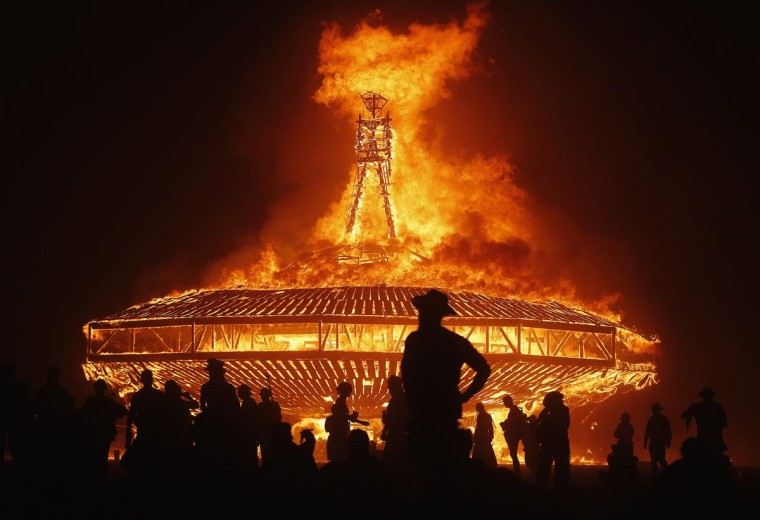 The Man burns during the Burning Man 2013 arts and music festival in the Black Rock Desert of Nevada, August 31, 2013. (Jim Urquhart/Reuters)