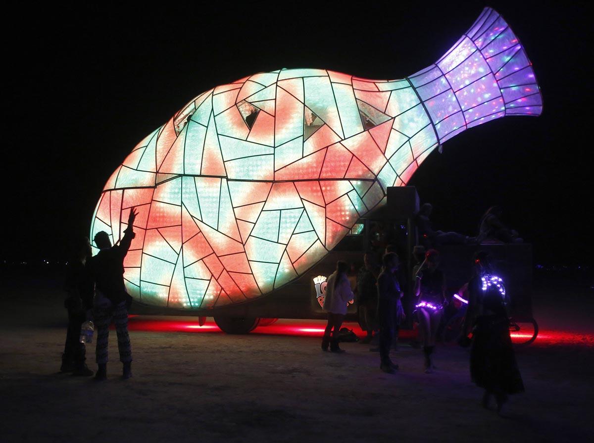 File:Burning Man 2013 )( DVSROSS (9660876156).jpg