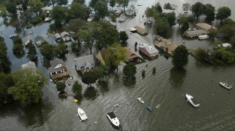 Heavy rains from Hurricane Isabel left the Baltimore Harbor, Fells Point and areas along Seneca Creek and Frog Mortar Creek flooded. Homes along Frog Mortar Creek near Glenn L. Martin State Airport are inundated.(André F. Chung/Baltimore Sun)