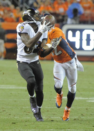 Baltimore Ravens vs Denver Broncos NFL football second half at Sports Authority Field at Mile High Stadium. (Lloyd Fox/Baltimore Sun)